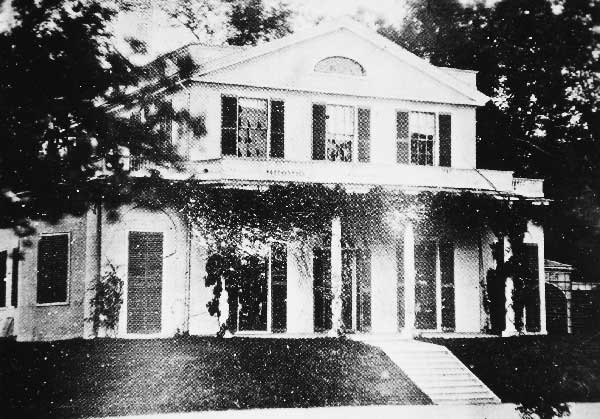 Pinebank I was built in 1802 by China trade merchant James Perkins (1761-1822) as a Federal country house on the banks of Jamaica Pond. Photograph courtesy of Anthony Mitchell Sammarco.