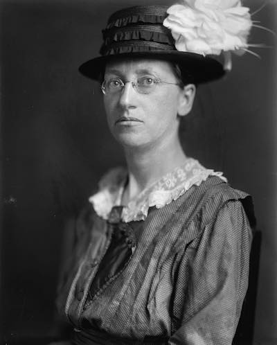 Photograph courtesy of Library of Congress, http://www.loc.gov/pictures/item/95512134/