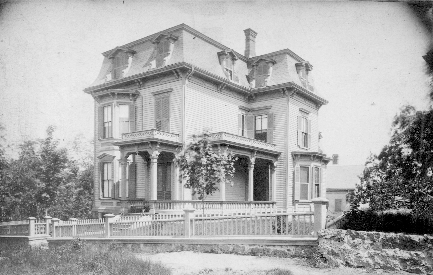 Home at the corner of Enfield and Hazel Streets (Hazel was later renamed to Robinwood Ave.) Photograph provided courtesy of Katie Knostman whose great-great-grandparents (Epaminondas Wilson and Sarah Crowell Wilson) owned and lived in the home from at least 1880-1915. Possibly 1880s to 1890s.