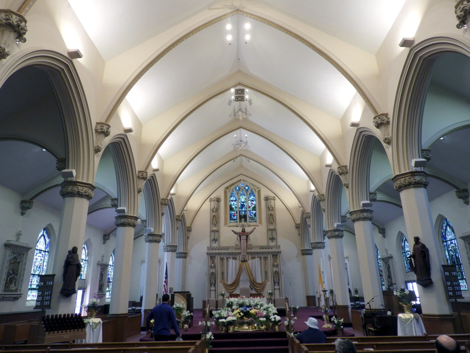 Interior of the sanctuary as designed in 1919. Photograph by Richard Heath, 2019