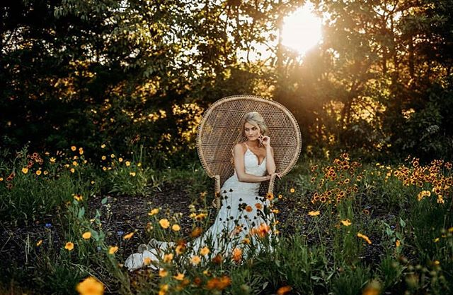 Have y'all seen what magic @ella.k.photo did with our wildflowers?!?! Simply stunning!!