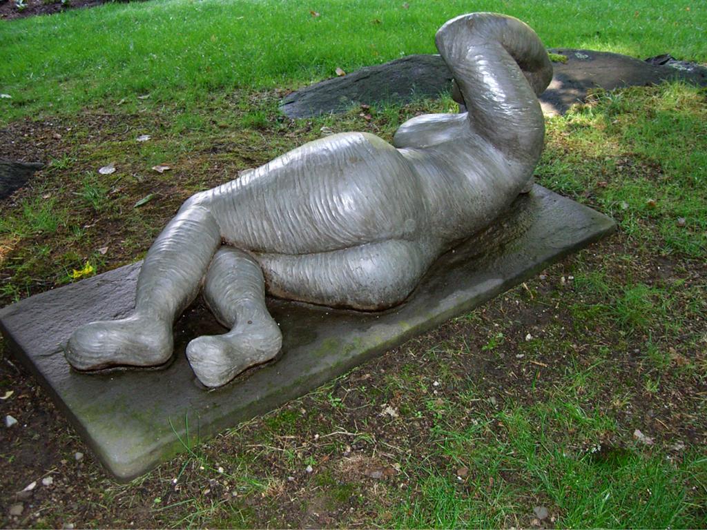 marilyn-mazin-miller-sculpture-bountiful-peaceful-2.png