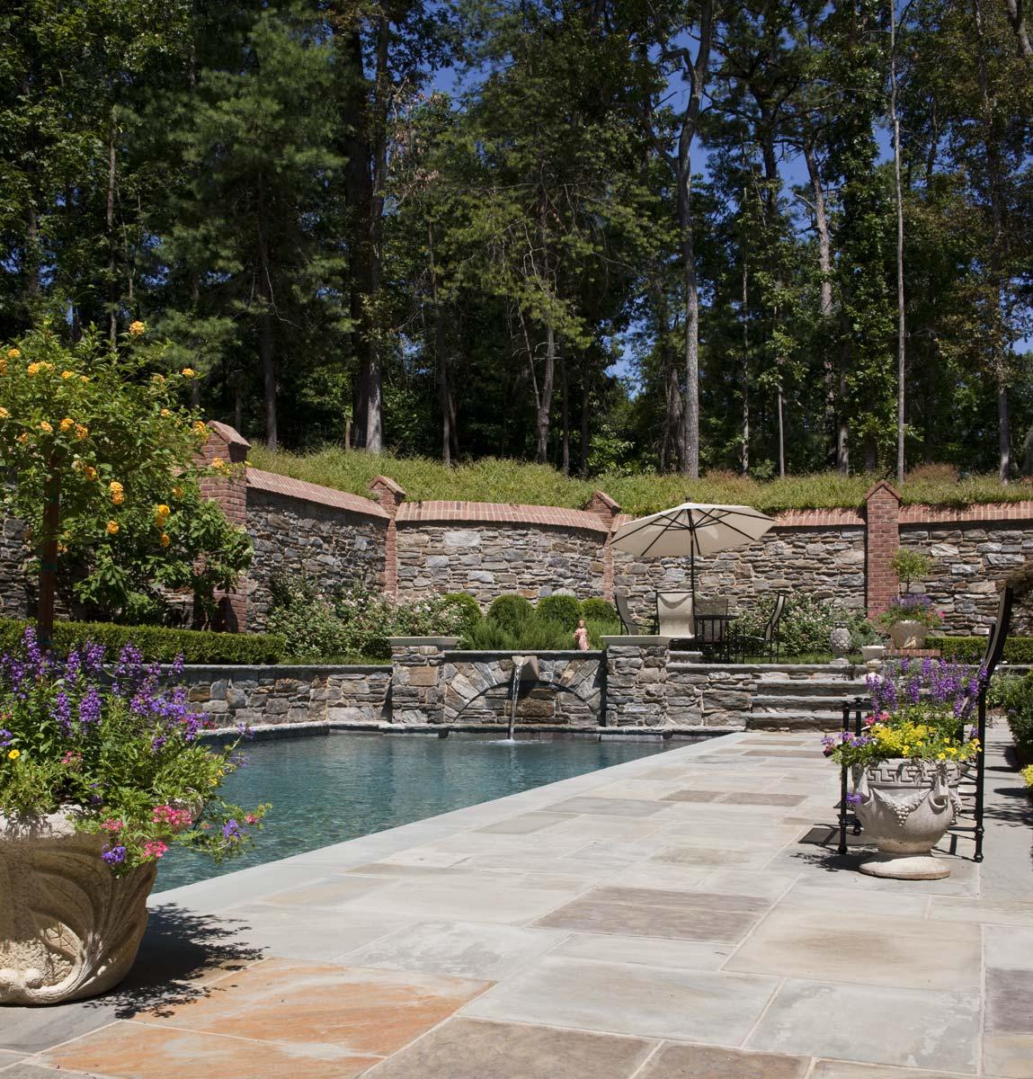 Graggamoore Estate Poolside Terrace