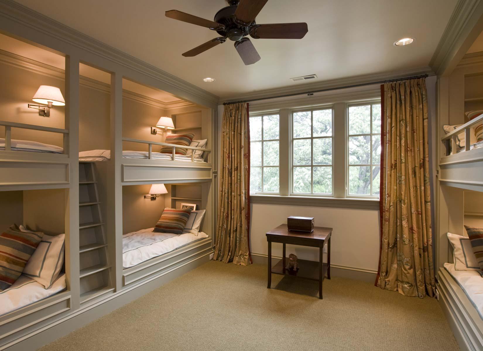 Stoneleigh House Bunk Room