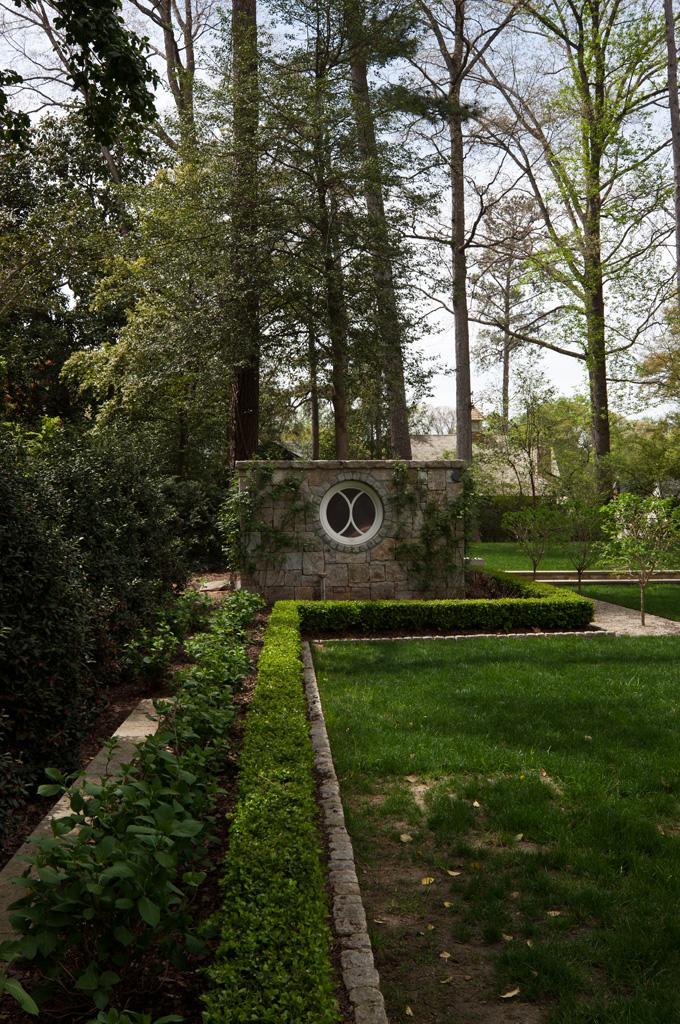 Morris House Grounds