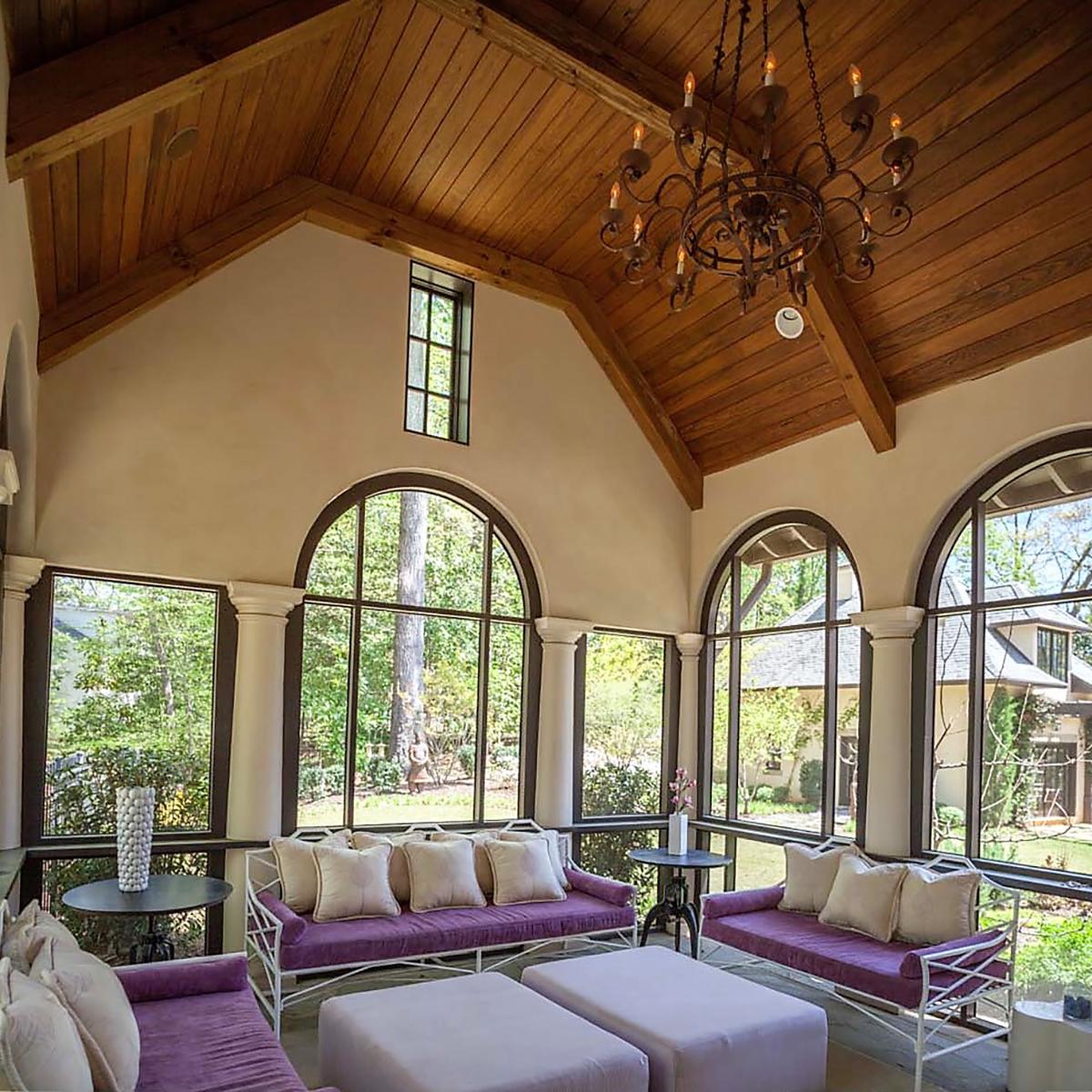 Family Room, Wooded Hill Estate | William T. Baker
