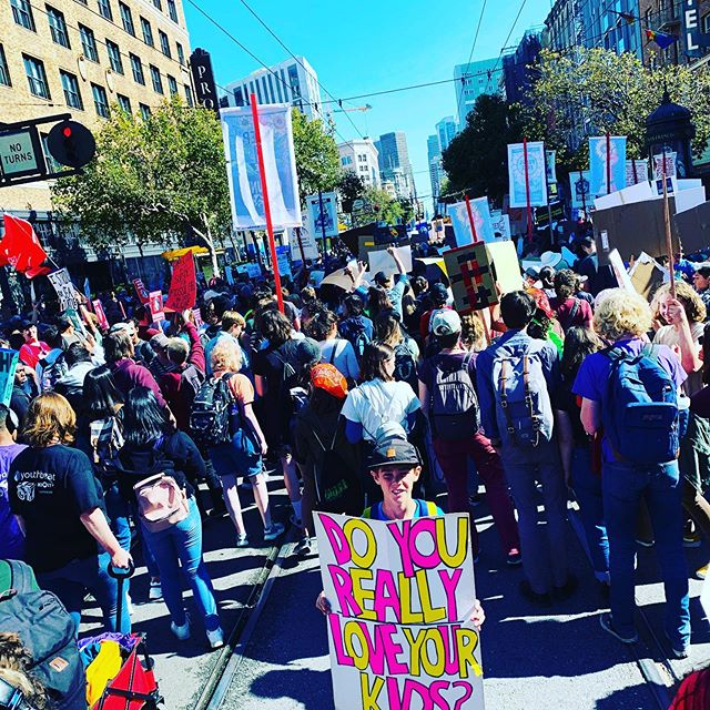 Absolutely enormous protest in San Francisco. Brought the centre of the city to a standstill  Climate Denier Your house is on fire  #climatestrike