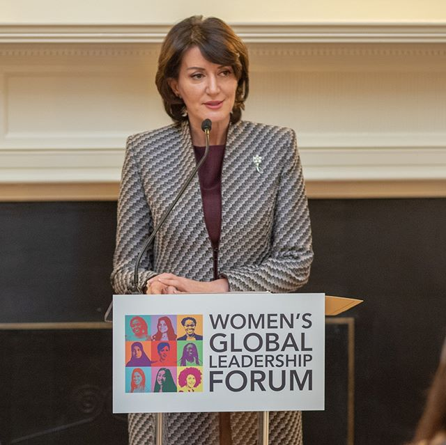 We had the pleasure to host former President of the Republic of Kosovo Atifete Jahjaga on the discussion of Women's Leadership in an Era of Conflict. President Jahjaga tour the Special Collections exhibit on the Declaration of Independence and spoke to Professor Gelsdorf Batten class on Global Humanitarian Crises. #wglf #womenlead #uvaglobal