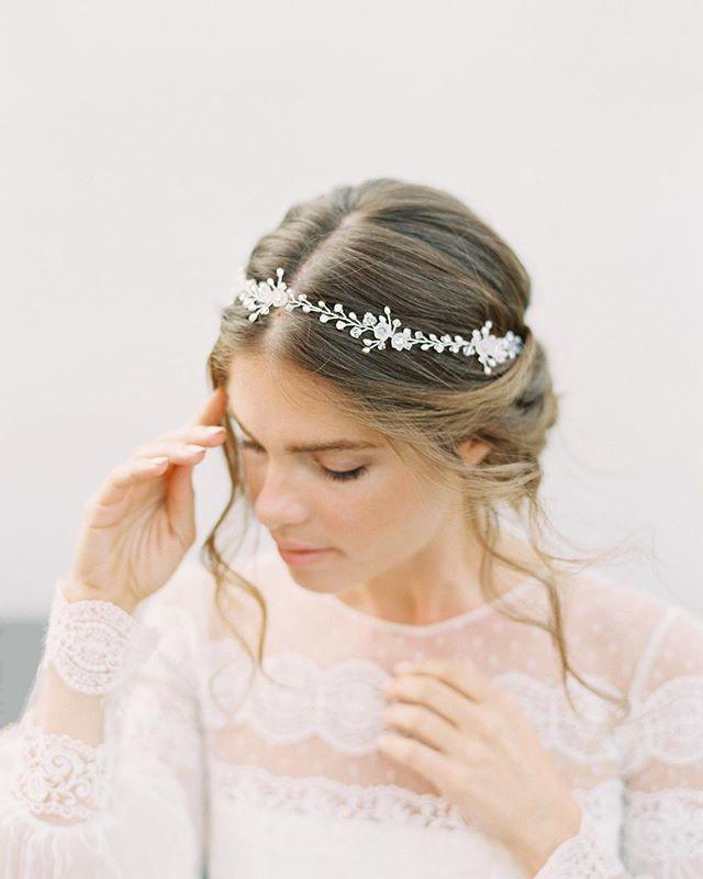 Ethereal moments✨ . Photo by @carmensantorelliphoto / HMUA by @girlmeetsbongga / Gown from @loveandlacebridalsalon by @divineatelier / Model @msdevonbarnes . . . #shirleyandaudrey #lilyofthevalley #bride #bridalstyle #bridalhair #bridalaccessories #hairvine #whiteonwhite #dreamy #ethereal #weddinghair #wedding #weddingdress