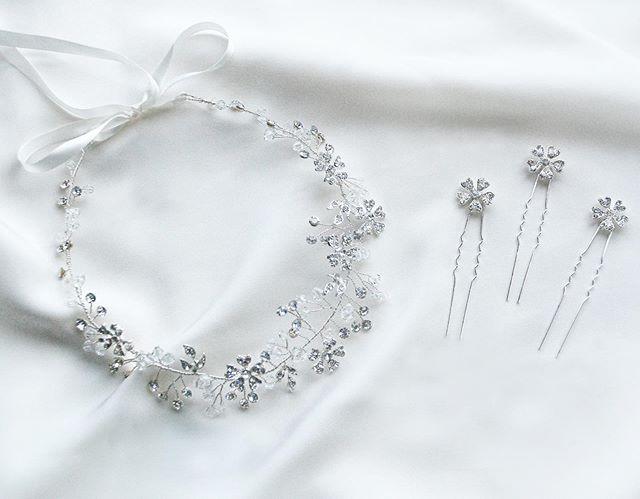 Shine time✨ Look a little closer and you'll see the 🌸🌿details. . . . #shirleyandaudrey #eloise #hairvine #hairpins #sparkle #bridalhair #bridalstyle #bride #bridesmaids #handmade #weddinghair #weddingday