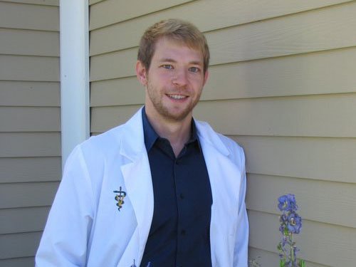 Dr. Jonah Babiarz - Dr. Jonah Babiarz is a graduate of Mississippi State University College of Veterinary Medicine. Dr. Babiarz worked in a general and emergency practice in North Carolina before moving back home to Maine to purchase Presque Isle Animal Hospital in 2017 with his sister, Dr. Hanna Cook. His favorite part of being a veterinarian is strengthening the bond between owner and pet in addition to improving the quality of life in aging pets. In his free time, Dr. Babiarz enjoys fishing, watching and participating in sports, and spending time with his wife, Dr. McMekin, their families, and their three dogs and two cats.