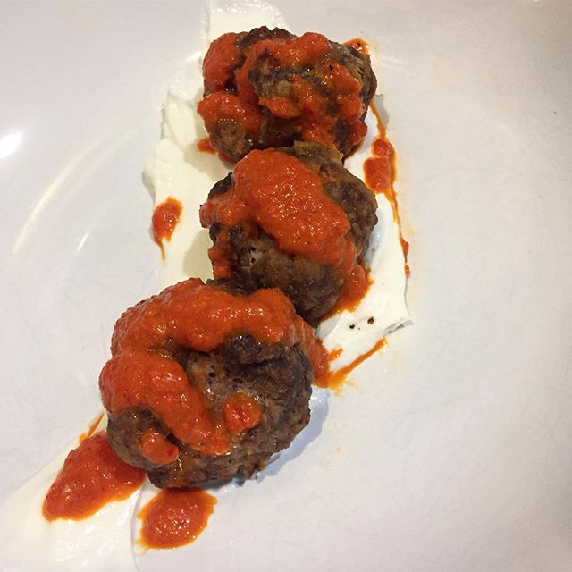 piri piri meatballs from a while back -- such a unique way to enjoy this dynamite sauce full of roasted red peppers, paprika, and fresno chile. and it ain't a @bonappetitmag recipe if you're not putting your dish and your firstborn over a swoosh of PLAIN FULL FAT GREEK YOGURT
