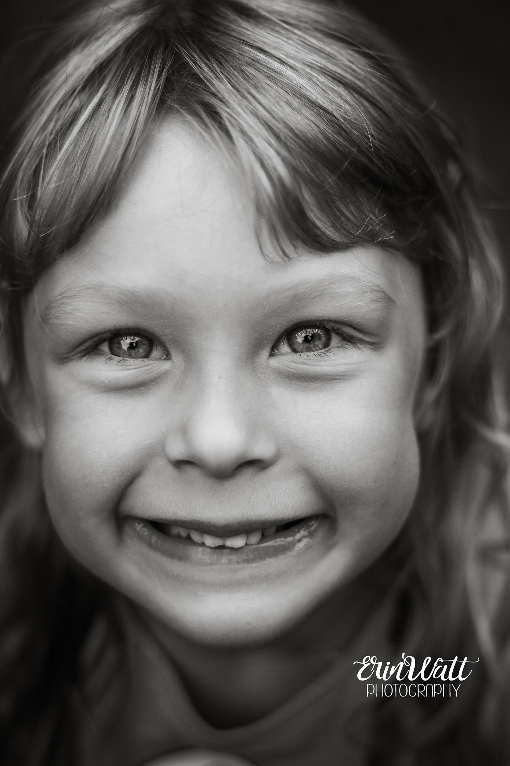 smilemonochrome.jpg