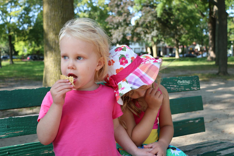 lifestyle child photography waterloo