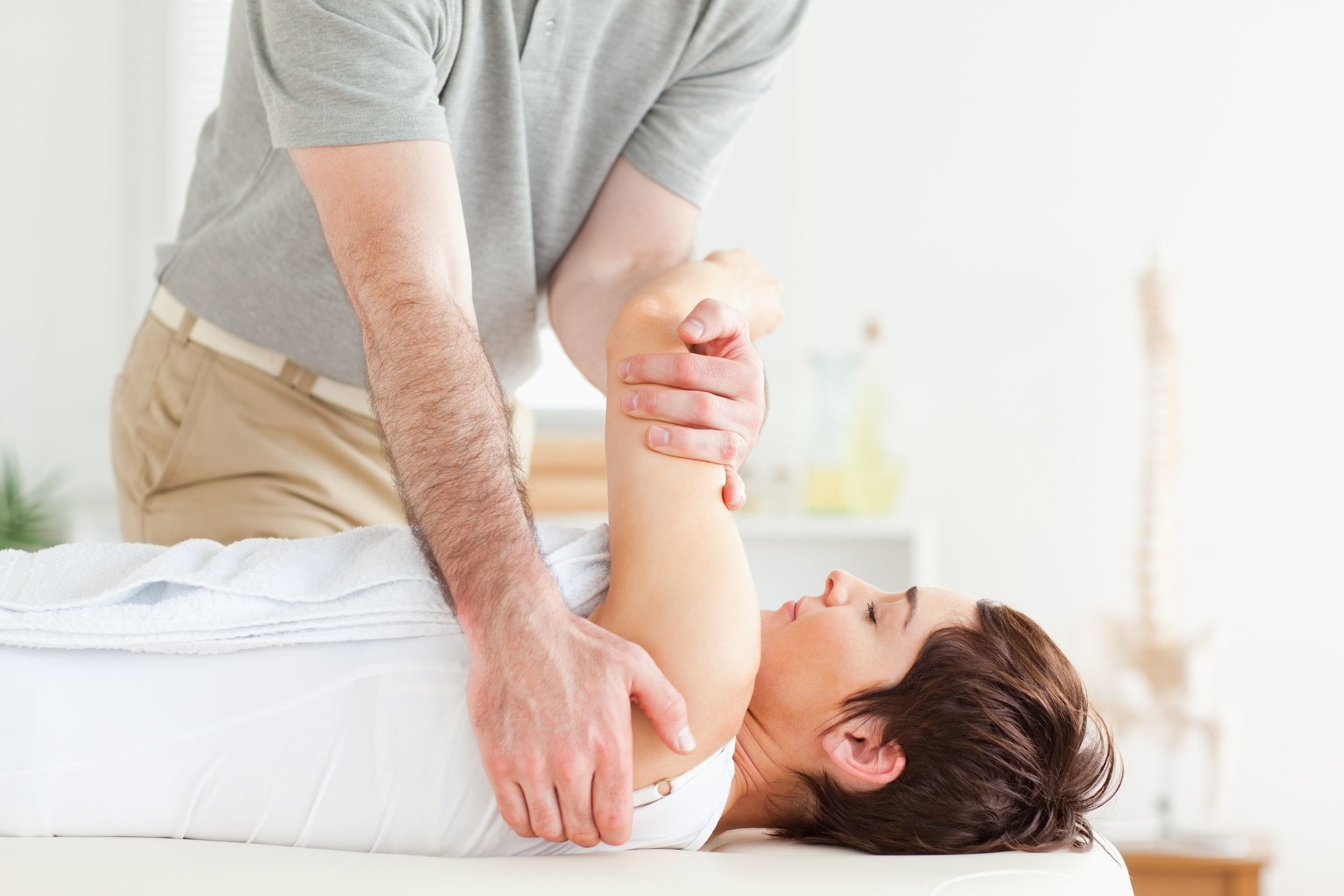 chiropractic-care-pain-free-physiotherapy.jpg