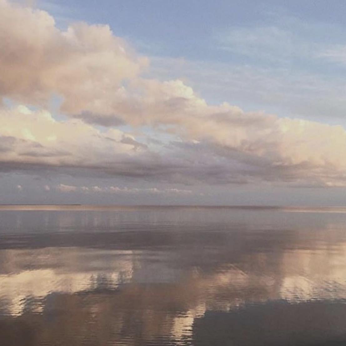 ocean-water-wave-reflection.jpg