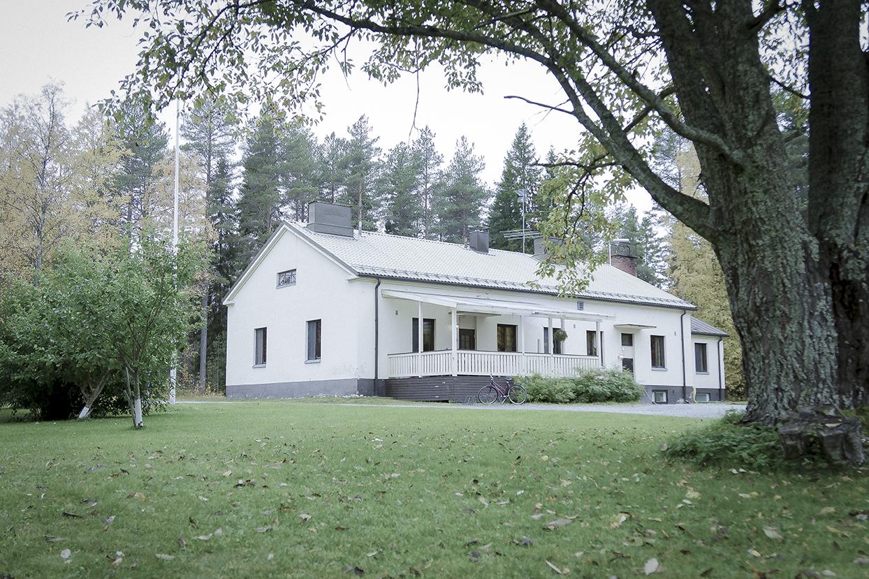 Kuusiranta - Kuusiranta sijaitsee Oulujärven rannalla, Kainuun Vuolijoella. Tutustu tilaamme täällä.