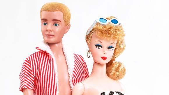 Soleiðis sóu fyrstu Ken og Barbie út