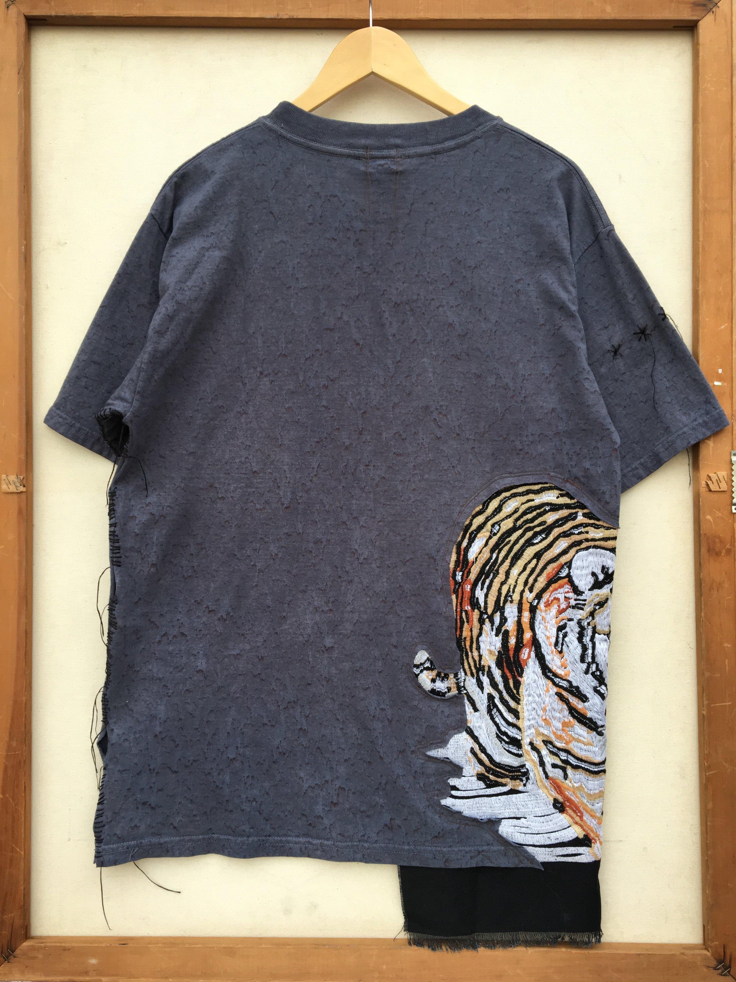shirt 19_back.JPG