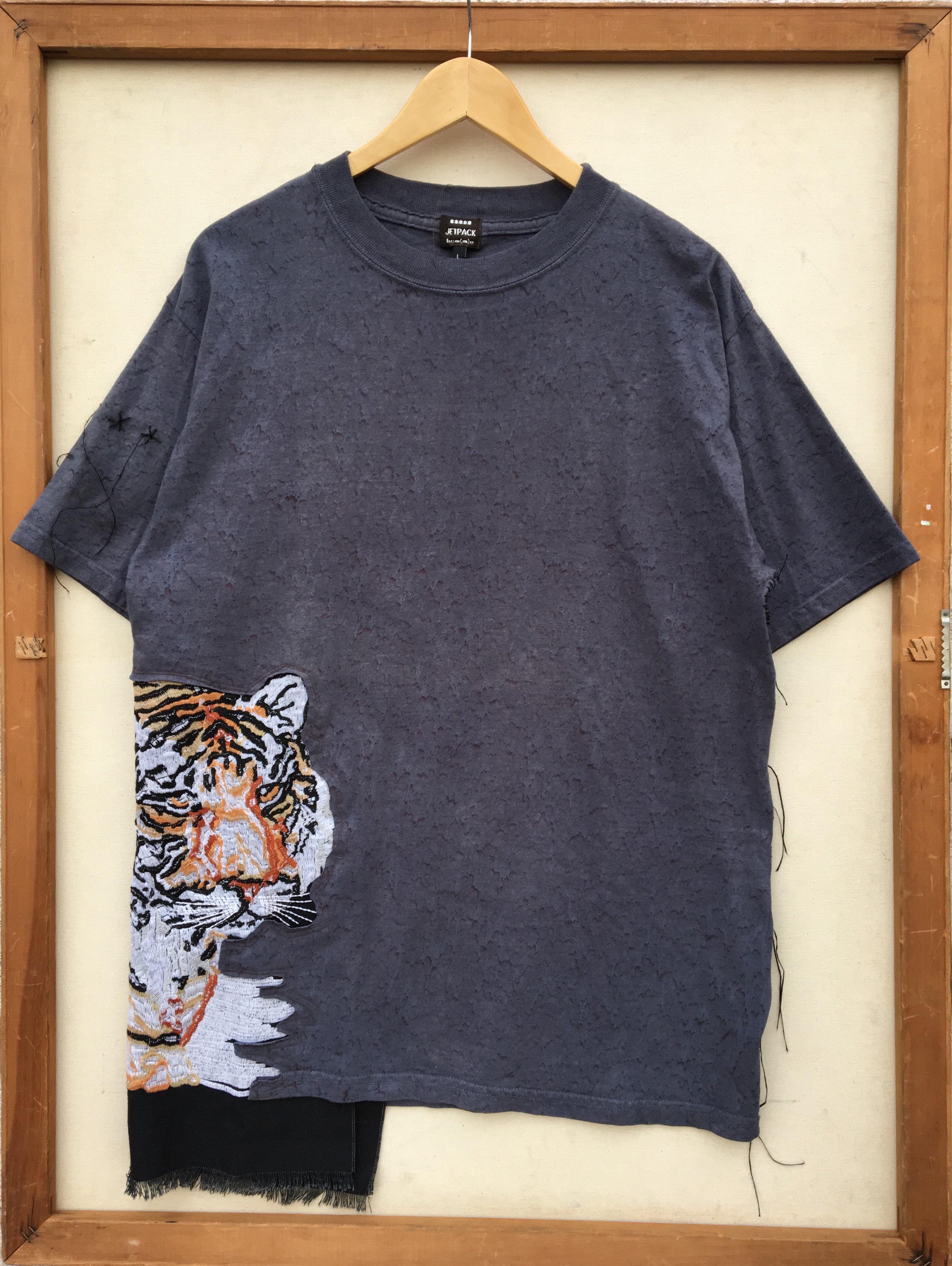 shirt 19_front.JPG