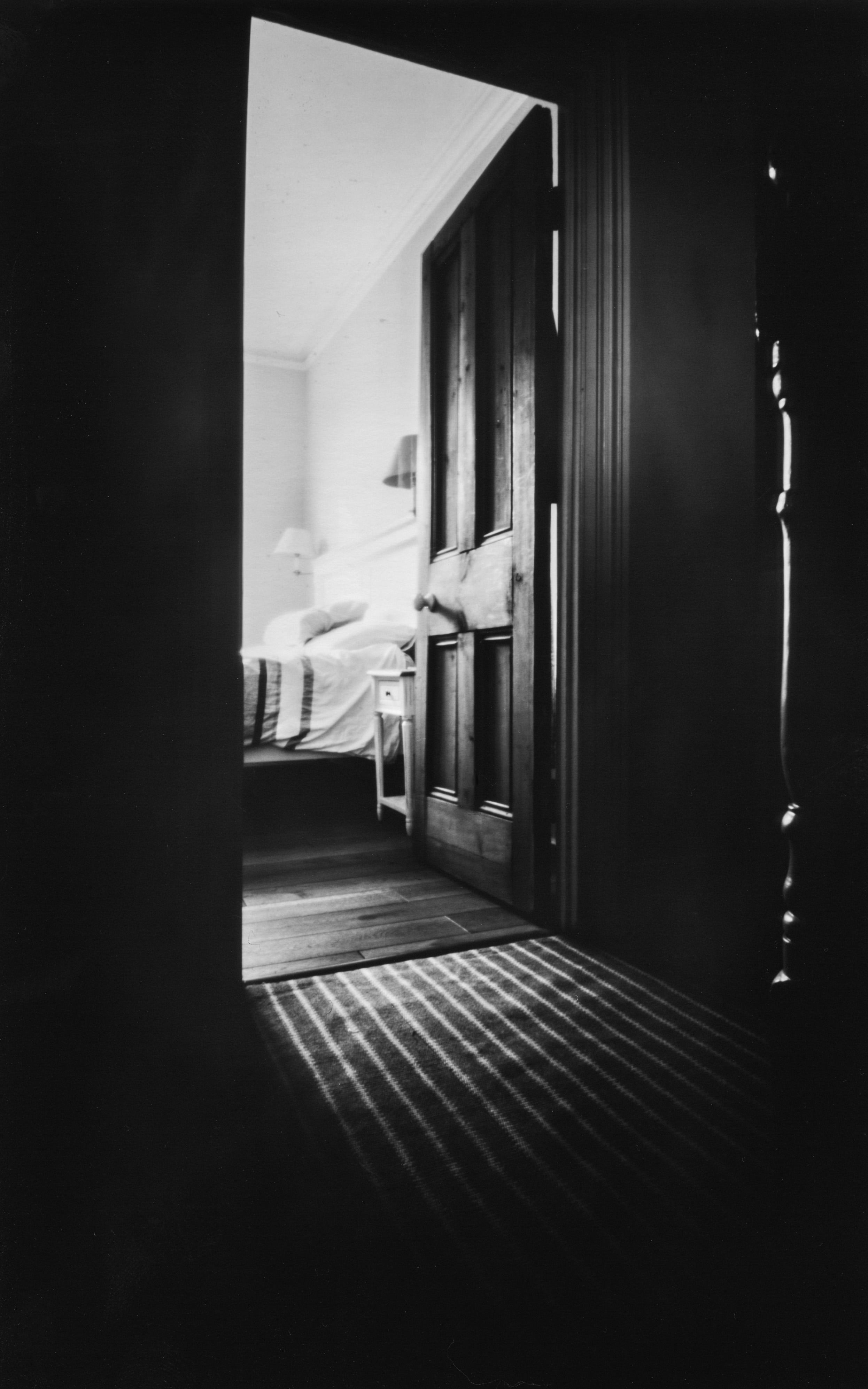 zbedroomdoor.jpg