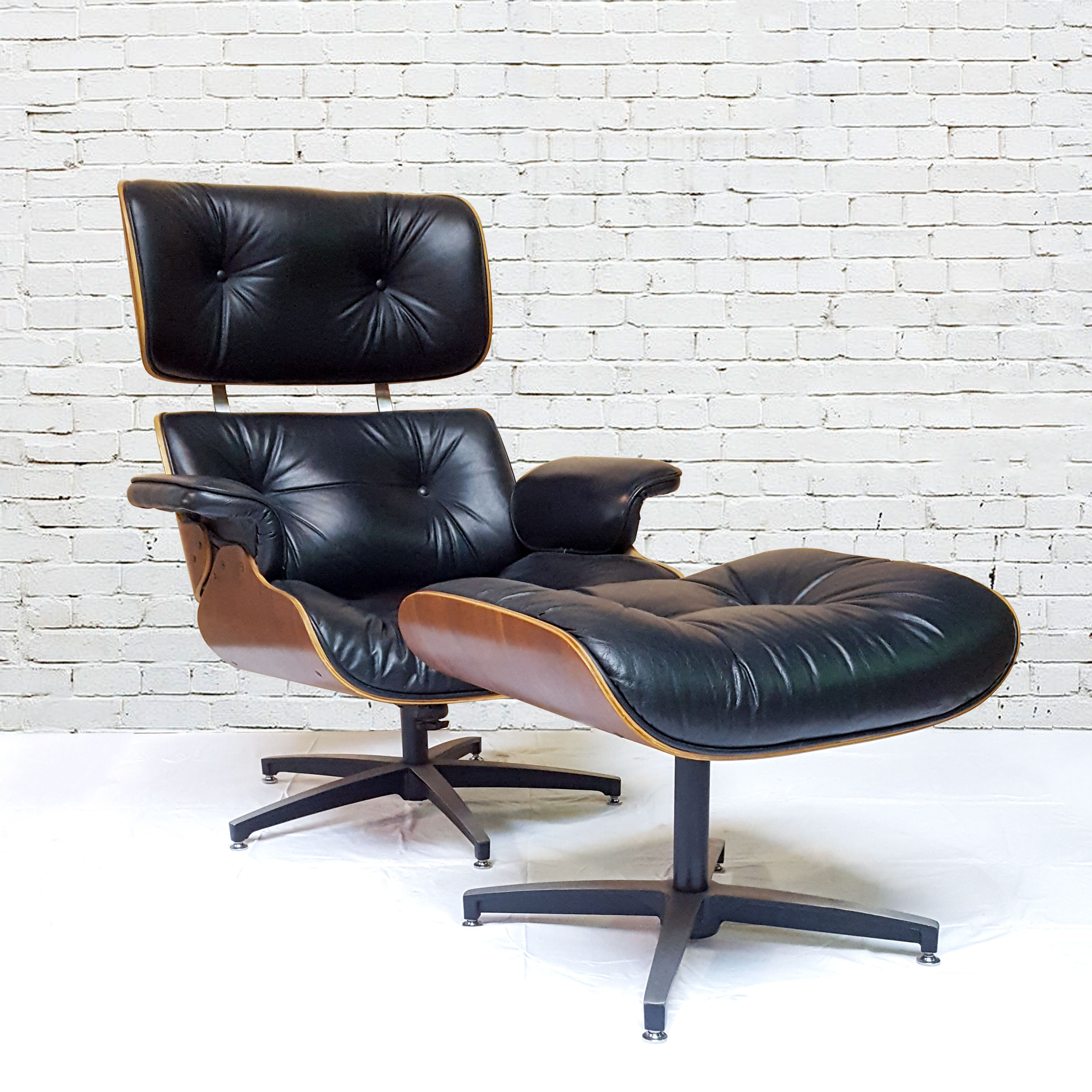 Circa Antiques | York, Pa | Showroom | Eames Style Lounge Chair