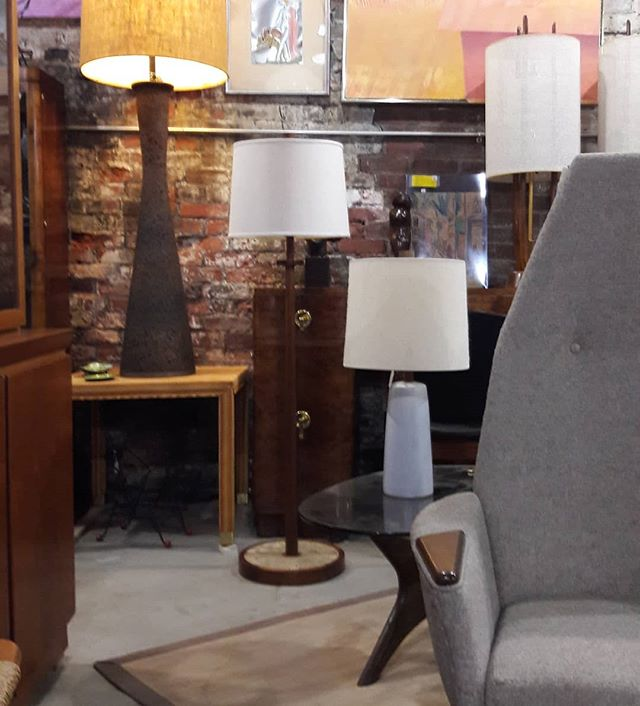 The Martz table lamp and the amazing cork floor lamp got a new friend this weekend. An extremely hard to find Martz tiled floor lamp. Stop in to Circa Antiques York and shop at Refindings while I pack and wrap your purchase.  #mcm #circaantiquesyork  #coolcatvintage #Refindings  #serendipityvintagemarketplace  #martzlamp #marshallstudios