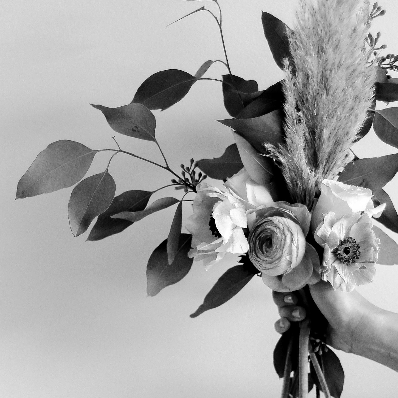 chichi-floral-thumb-bw.jpg