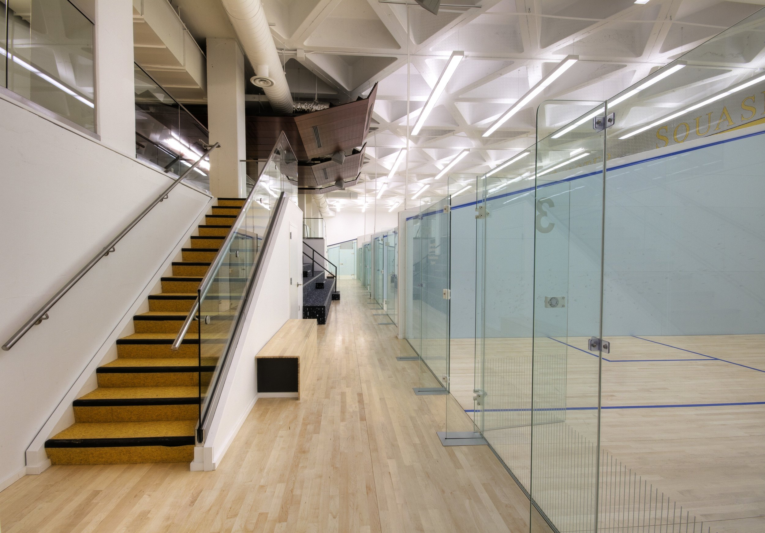 DREXEL UNIVERSITY SQUASH CENTER ON GLASS - OOMBRA ARCHITECTS