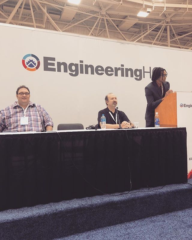 We had fun speaking at the #AdvMfgExpo today and sharing our passion about #augmentedreality !!!!!