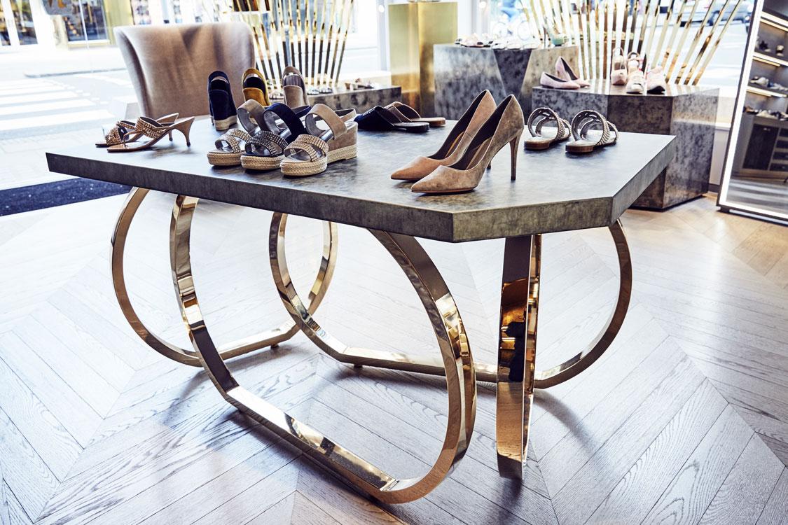 GINA-table-display---design-by-Caulder-Moore.jpg