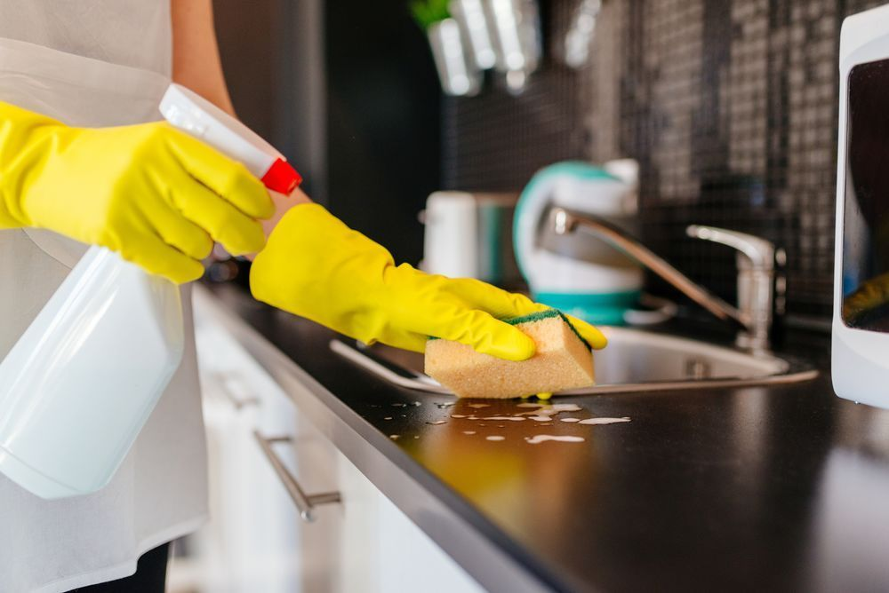 What our cleaning includes - Thoroughly clean Kitchen & BathroomDust all furniture & remove all cobwebsClean window blinds & sillsWipe down all light switches & fixturesClean air vents & ceiling fansDust / Wipe down all doors, frames & baseboardsSweep and mop all floorsVacuum carpet & rugsChange out trash bags