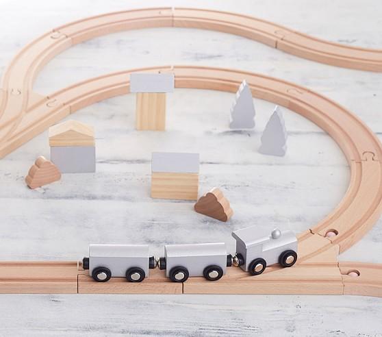 elliot-train-set-c.jpg