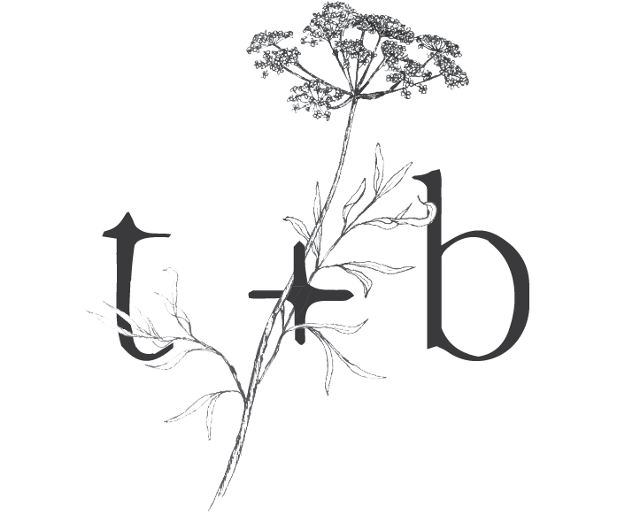 Twig-and-Briar_Submark_Gray.png