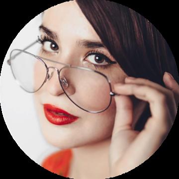 Remote freelancer women