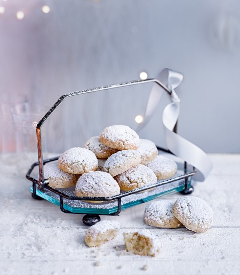 Soft Amaretti Biscuits