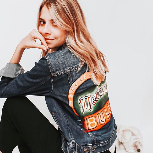 @rach_pec rocking her custom jacket! 🤩 DM me to commission one of your own or check my story highlight for details and pricing! and make sure you check out her photography page @rachelmadelynphoto she is so talented! ⚡️