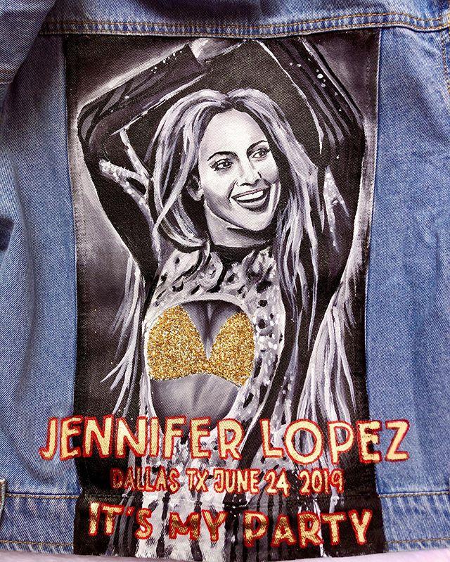 custom jennifer lopez jacket w/ glitter detail! 🤩 . . . . . #art #painting #abstractart #popart #portrait #coolart #oilpainting #acrylicpainting #instagramartist #artofvisuals  #srartwork #brartist #nowlaartist #neworleansartist #batonrougeartist #nolaart #nolastyle #neworleansart #neworleansstyle #paintedjacket #paintedjackets #watercolor #portrait #petportrait #watercolorportrait #504art #louisianaartist #painteddenim #paintedjeanjacket #painteddenimjacket #jenniferlopez
