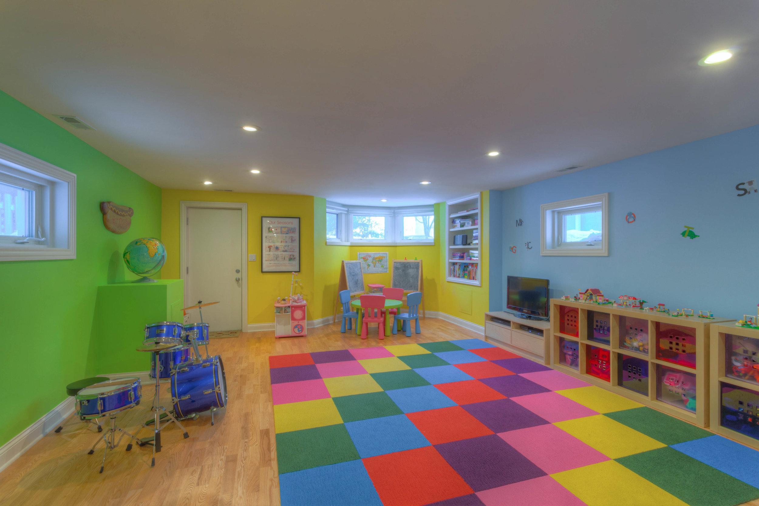 16. Great Room.jpg