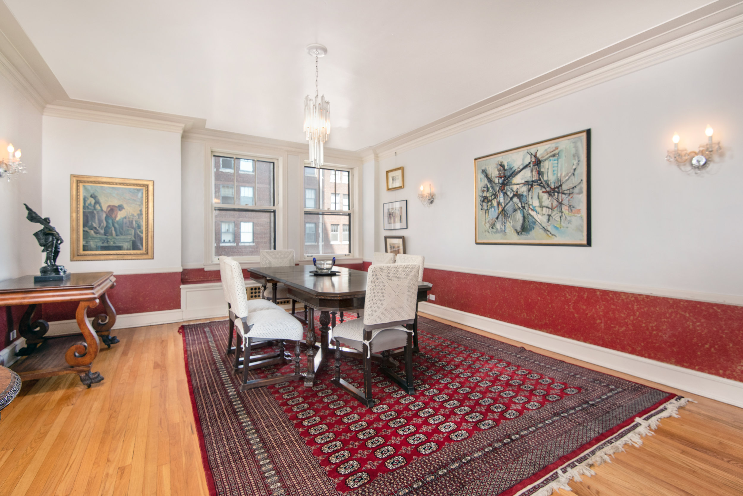 07. 2440 Lakeview dining room.jpg