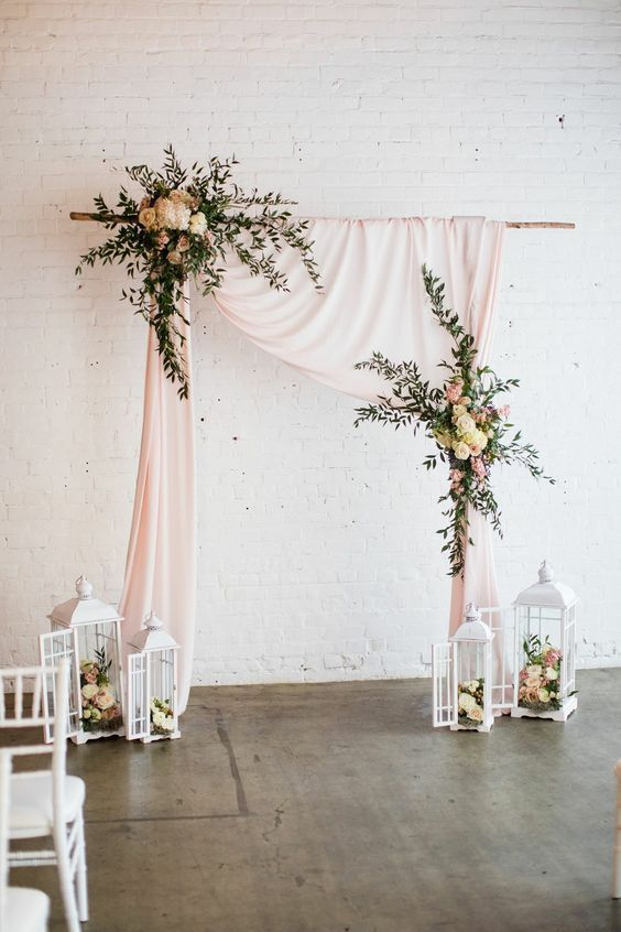 Simple, yet Elegant and Romantic - https://www.pinterest.ca/pin/572520171377291977/