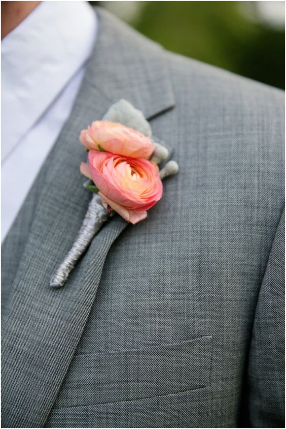 For all our grooms & groomsmen; this is a fantastic way to incorporate Coral into your suits! You can even add a pocket square to be tucked into your suit pocket.   https://www.pinterest.ca/pin/535224736964549672/