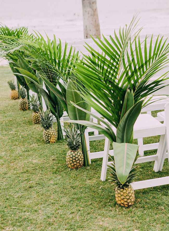 http://www.weddinginclude.com/2019/03/awesome-tropical-wedding-ideas-to-love/