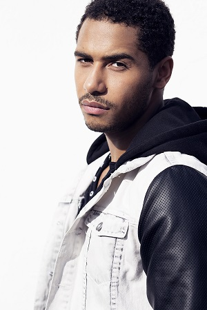 Elliot Knight stars in  OUAT . Photo Credit: Isaac Sterling Photography.