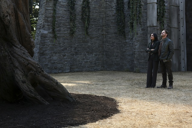 "OUAT  season 5, episode 2: ""In an effort to protect Emma, Regina (Lana Parrilla) steps up in a surprising way that will test her mettle as a force for good."" Photo Credit: ABC/Jack Rowand."