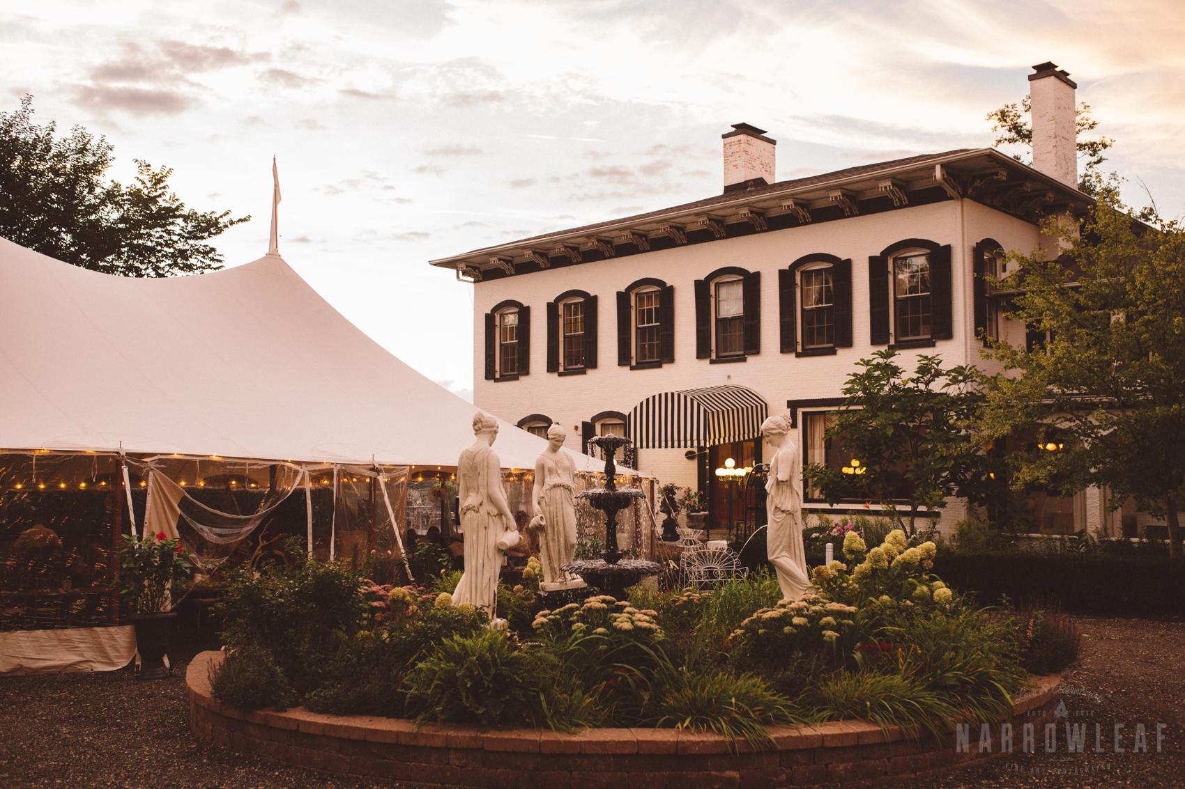Lake-Geneva-Wisconsin-Wedding-dinner-outdoor-reception-4825.jpg