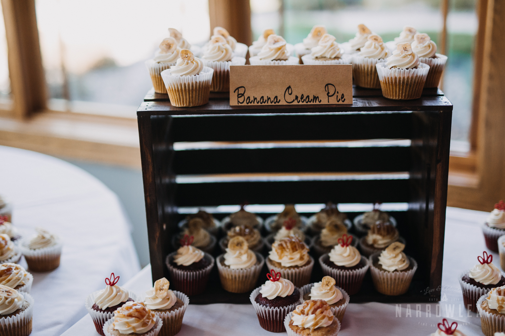 reception-cupcake-dessert-florian-gardens-summer-wedding-wisconsin-66.jpg
