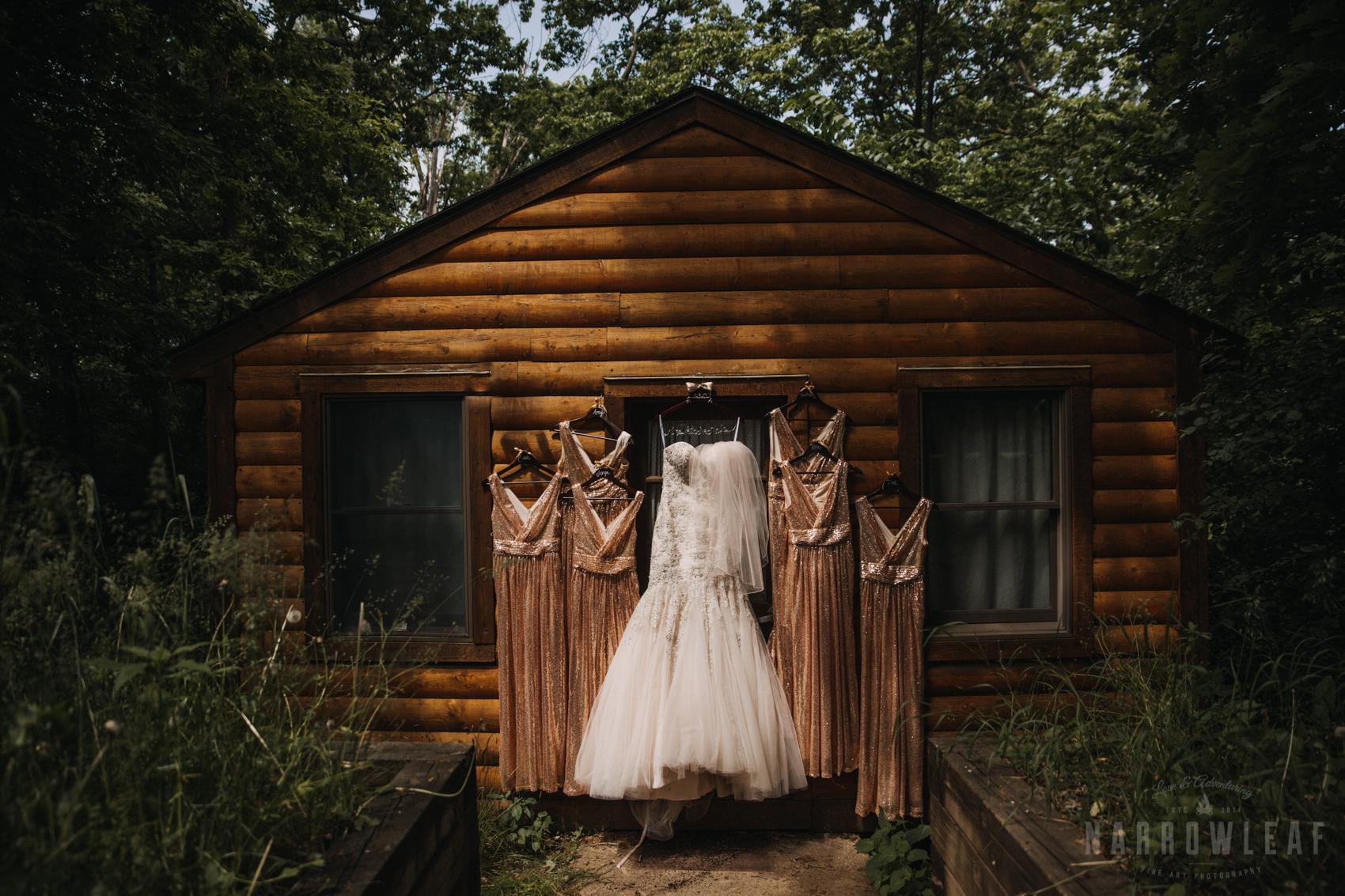 Camp-wooded-wedding-style-hudson-wi-details-300.jpg