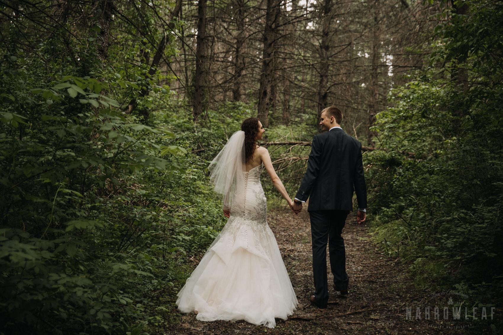 bride-groom-wooded-adventure-portraits-mermaid-dress-302.jpg