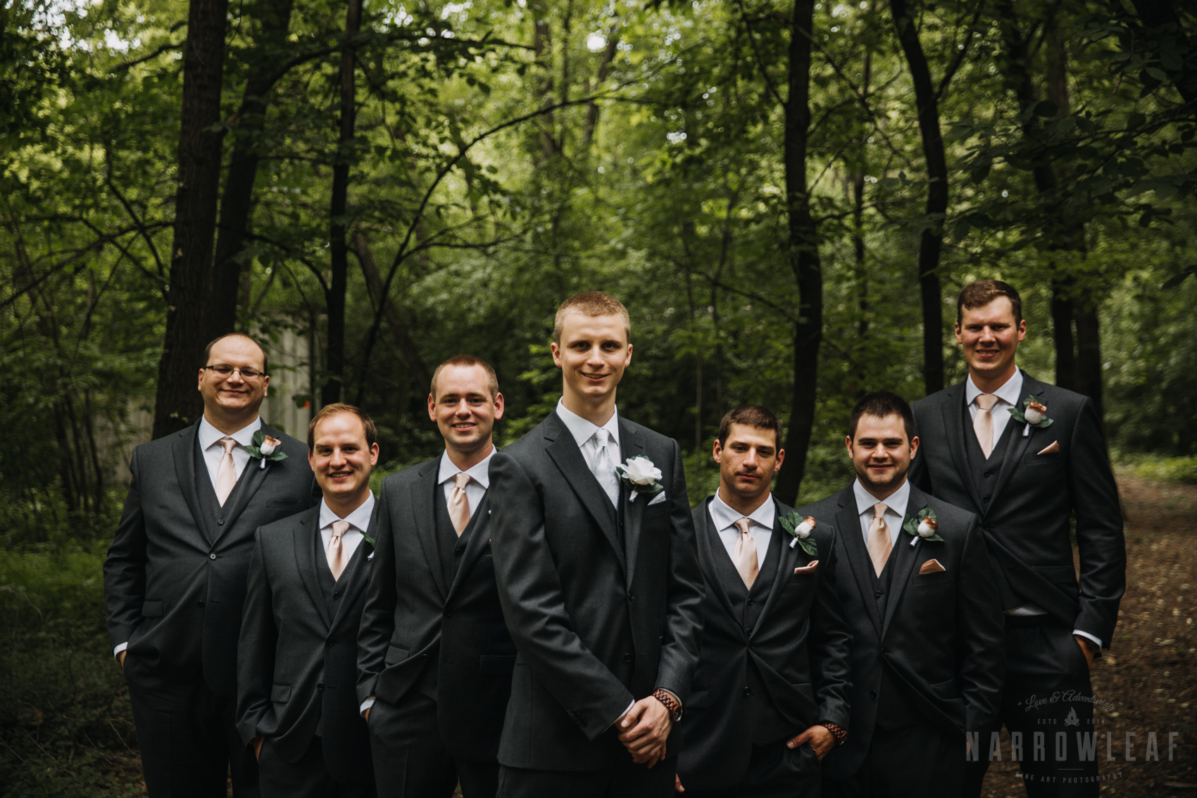 Camp-wooded-wedding-style-midwest-wi-bridal-party-304.jpg